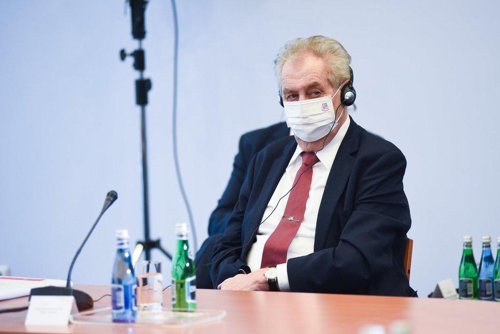 Prezident Miloš Zeman během jednání lídrů V4 v Polsku (9.2.2021)