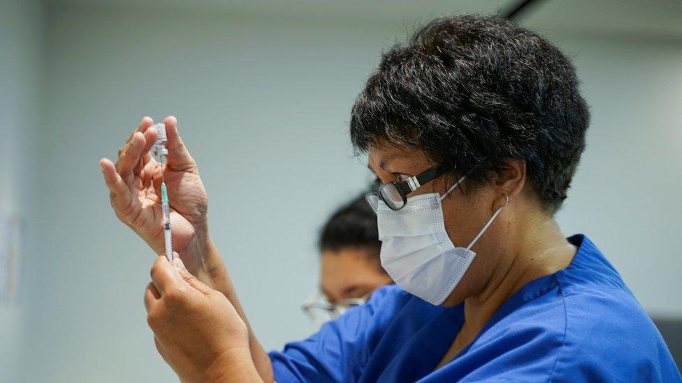 Očkování proti koronaviru na Novém Zélandu