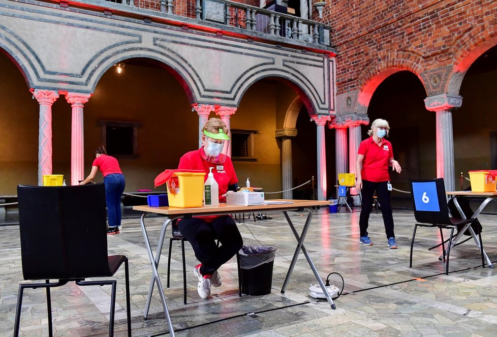 Očkování proti koronaviru ve Švédsku