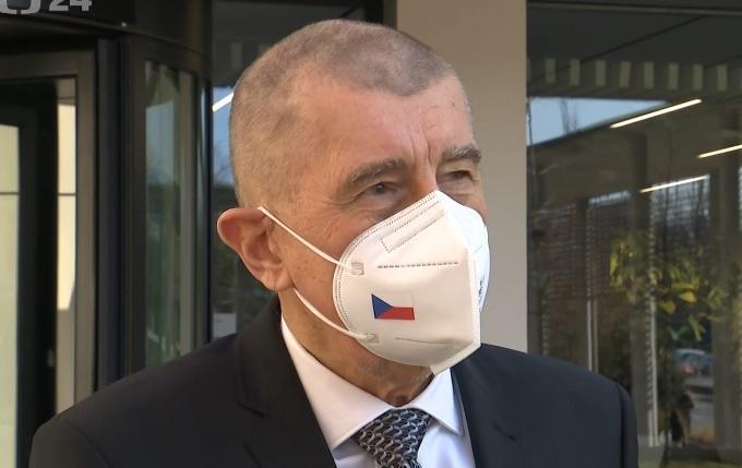 Ostříhaný premiér Andrej Babiš (28.2.2021)