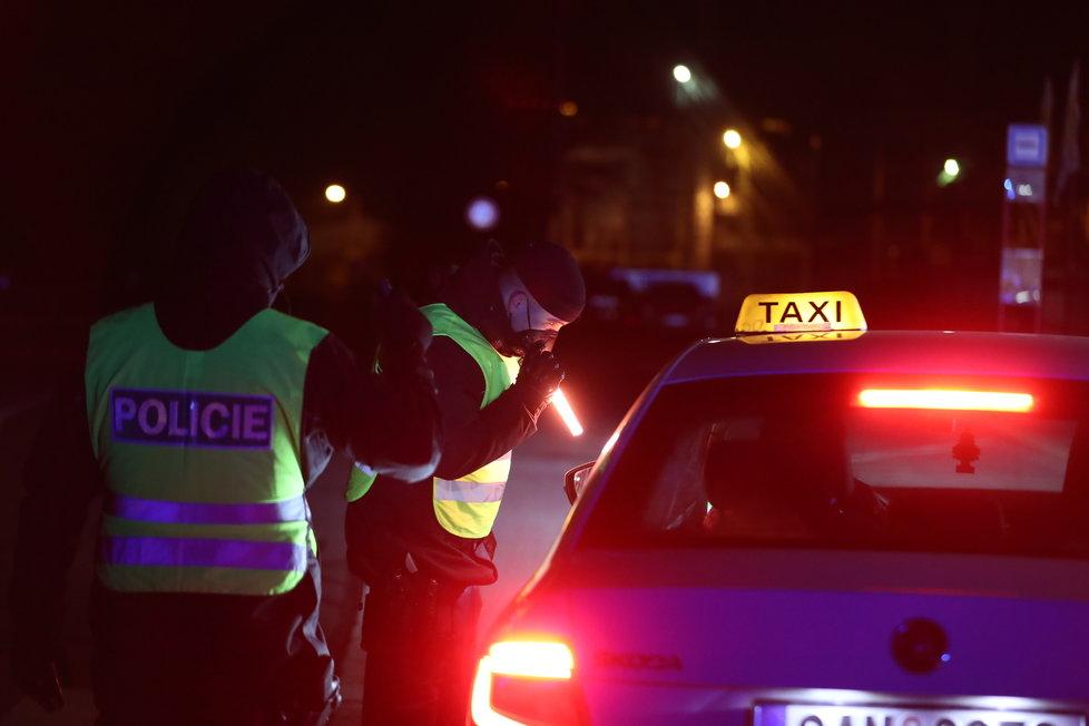 Lockdown v okresech: Policejní kontroly (1.3.2021)