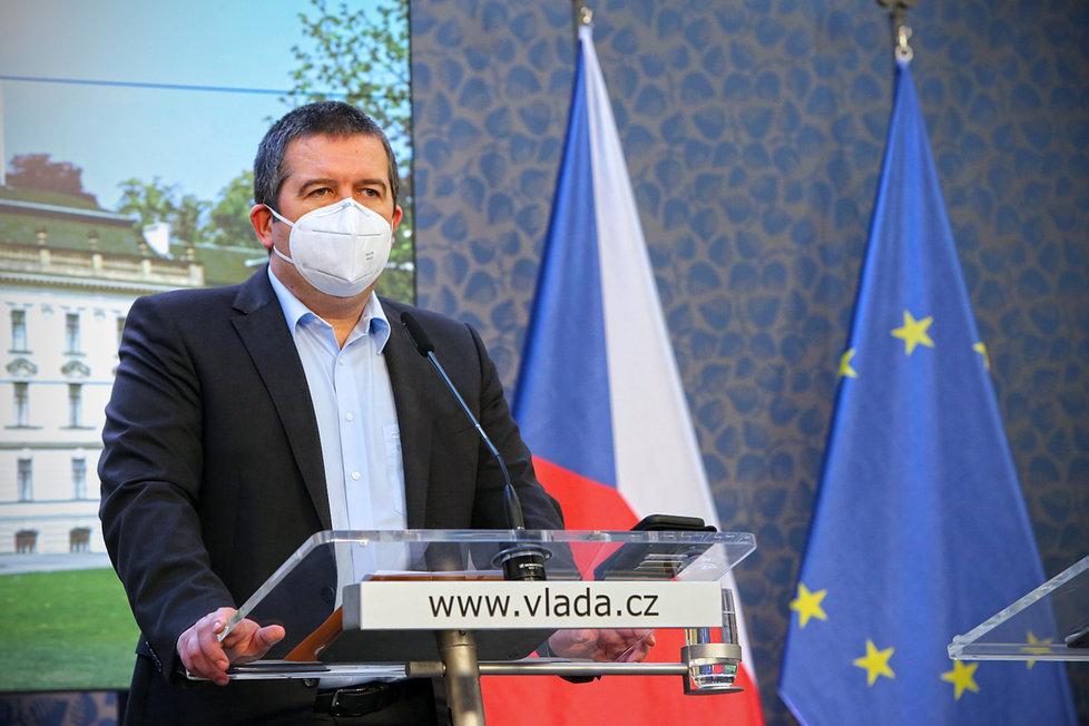 Vicepremiér a ministr vnitra Jan Hamáček (ČSSD) na tiskové konferenci po jednání vlády (22. 3. 2021)