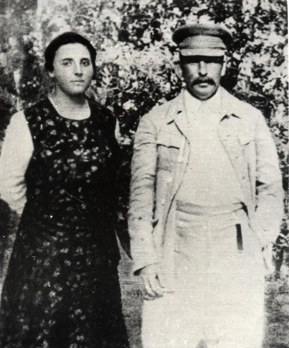 Naděžda Allilujevová s manželem