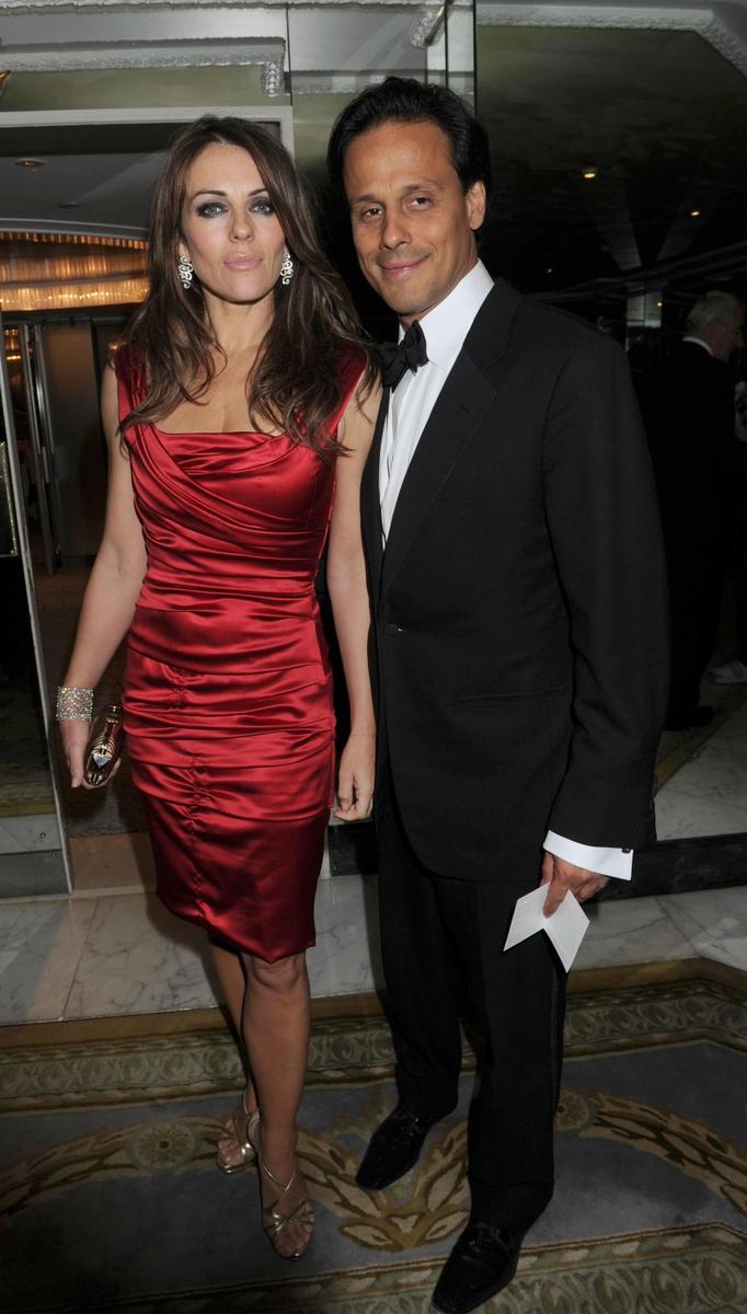 Liz Hurley se rozešla se svým manželem, inidckým milionářem Arunem Nayarou