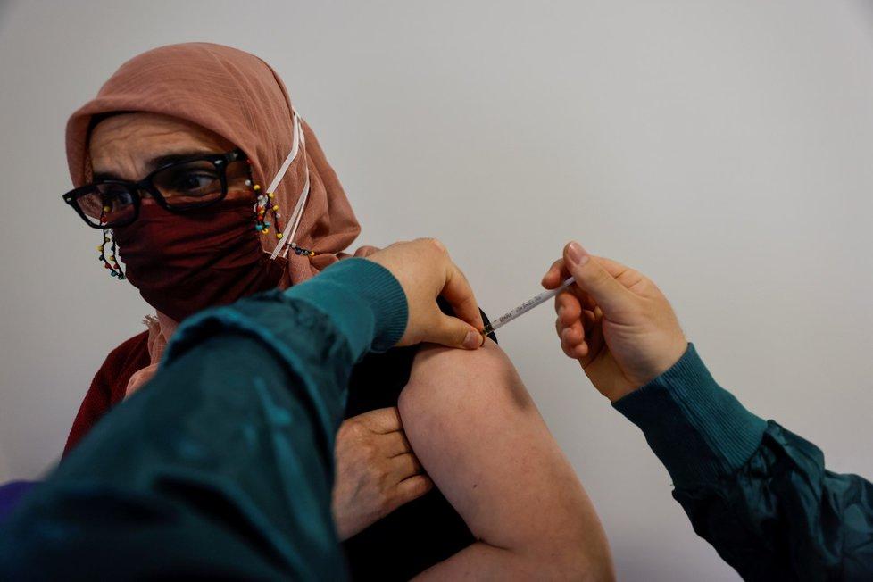 Očkování proti koronaviru v Turecku