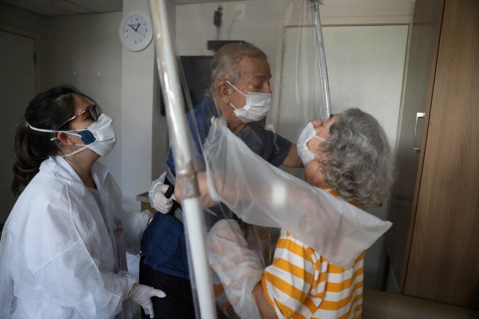 Boj s koronavirem v Brazílii.