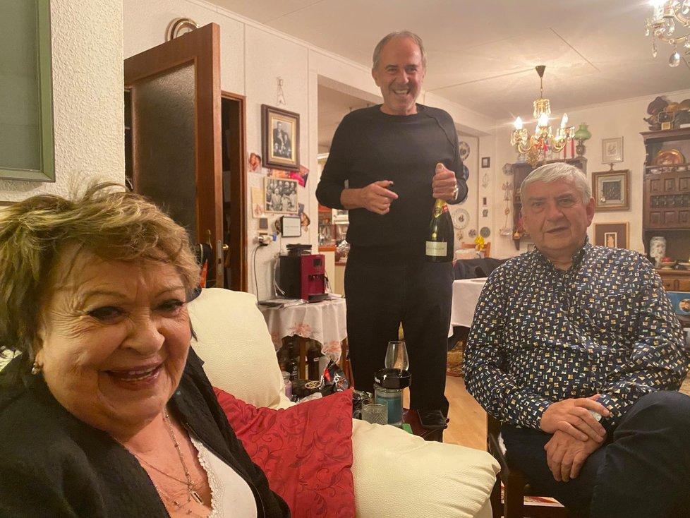 Domácí oslava Jiřiny Bohdalové