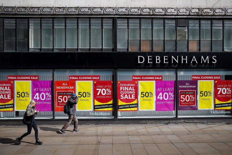 Maloobchodní řetězec Debenhams i kvůli covidu ohlásil konec.