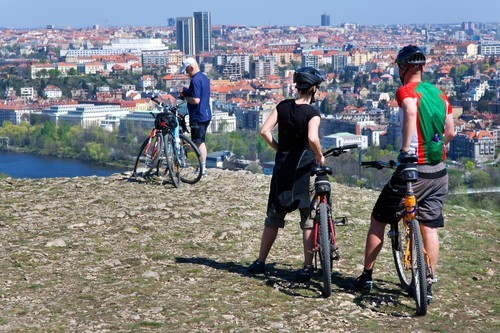 Cyklisté v Praze (ilustrační foto).