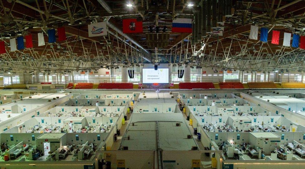 Dočasná nemocnice pro pacienty s koronavirem v Rusku