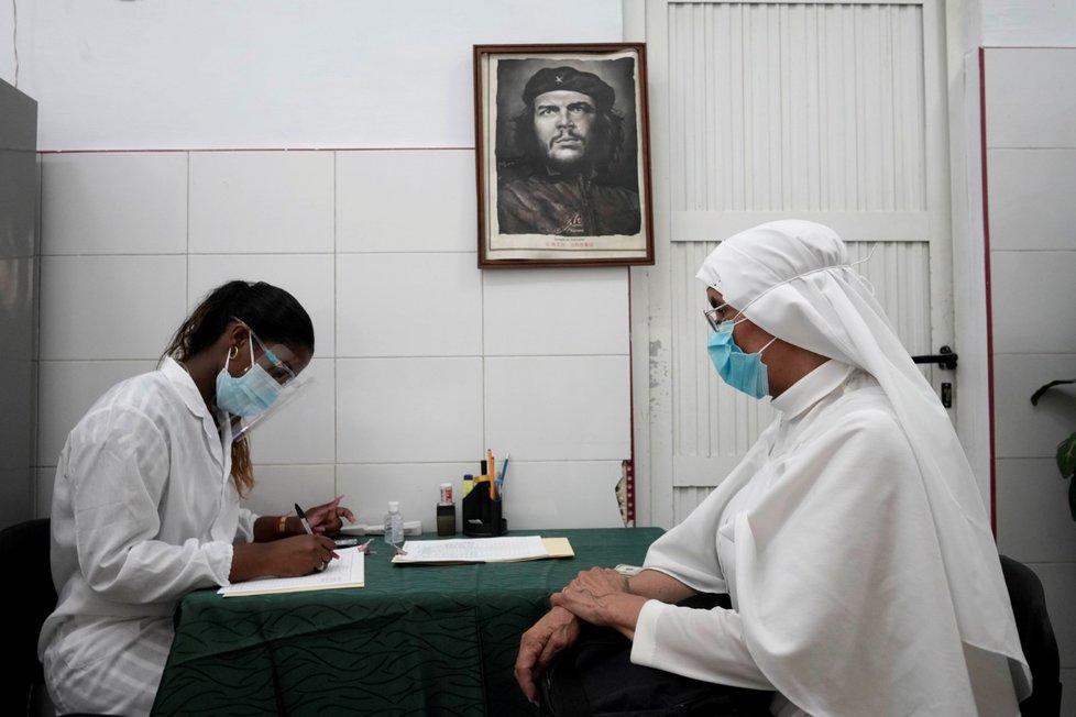 Očkování proti koronaviru na Kubě