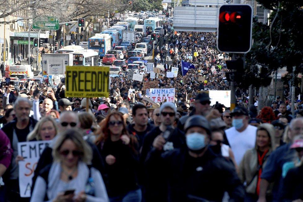 Ve státě panuje strach, aby se nemoc nezačala šířit ještě rychleji vinou demonstrantů, kteří v předešlých dnech hromadně protestovali proti lockdownu