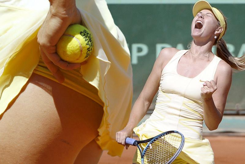 Krása i emoce. Tenisové představení Marie Šarapovové na French Open v Paříži skončilo v semifinále.