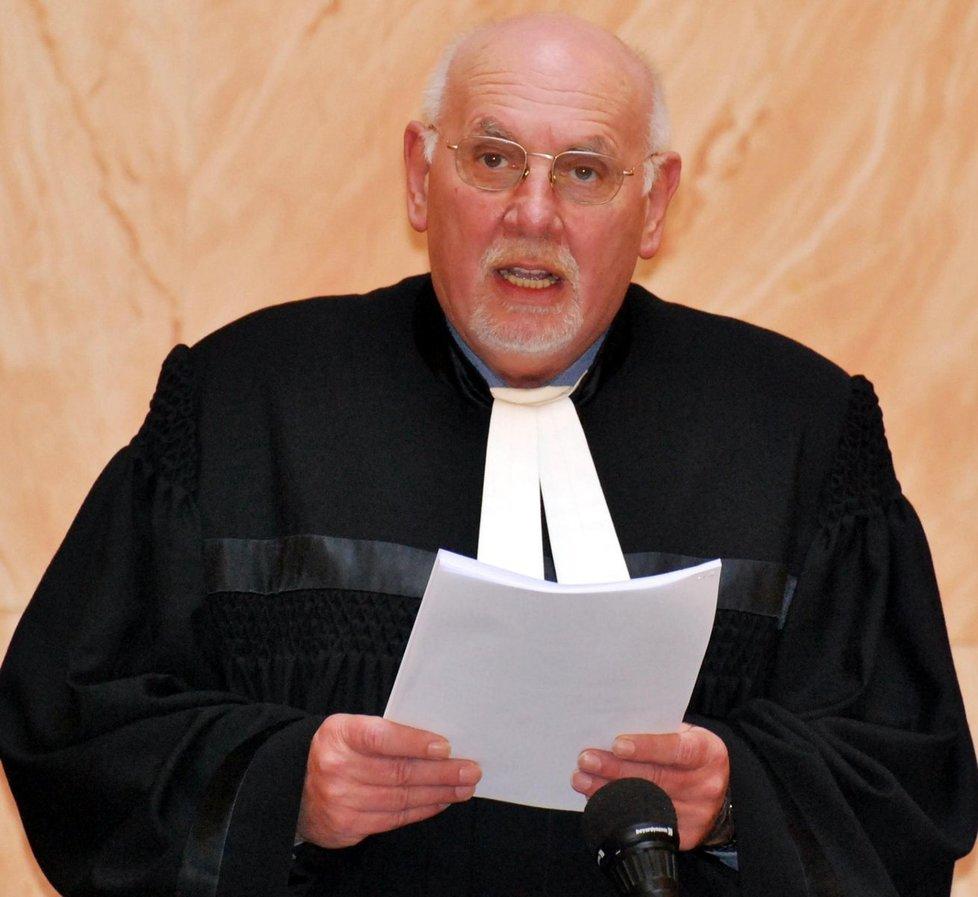 Šéf Ústavního soudu Pavel Rychetský