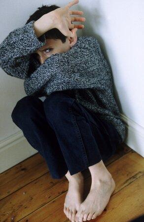 Přehnané dětské obavy jsou znakem týrání.
