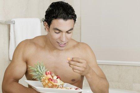 Pokud máte odvahu experimentovat, servírujte mu hodně ovoce s vysokým obsahem přírodních cukrů.