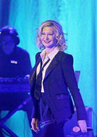 Olivia Newton-John (64) stále zpívá a vystupuje