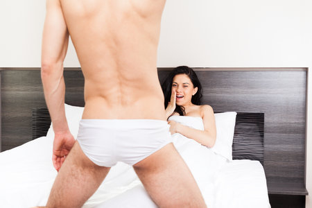 Dívka vidí velký penis