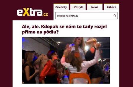 Podle serveru extra.cz jde na fotkách z této porno párty o Kateřinu Zemanovou. Ta to rázně odmítla