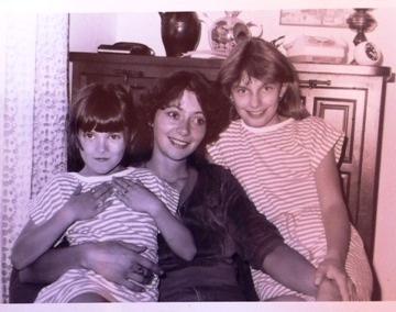 Alice s maminkou a sestrou