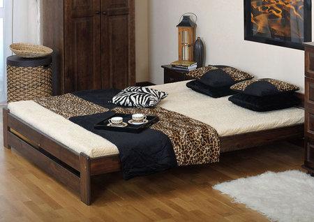 Pořídit kvalitní postel z masivu pod 3000 korun že je nemožné? Jde to, jen vědět kde.