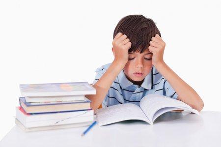 Mnohé děti jsou chytré, jen neví, jak si učení »nacpat« do hlavy.