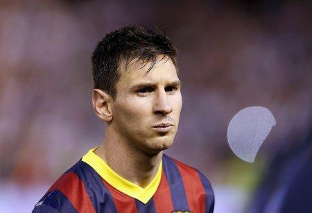 Lionel Messi se musí probrat, pokud chce být dál nejlepším hráčem světa. V utkání proti Realu Madrid ve finále Španělského poháru se vůbec neprosadil