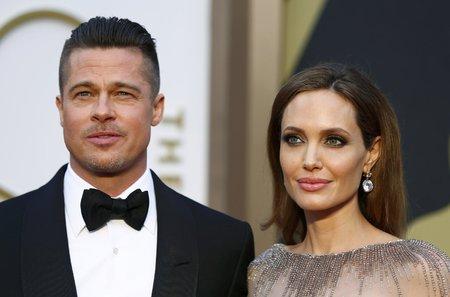 Angelina Jolie prohlásila, že svatba s Bradem Pittem je stále žhavé téma.