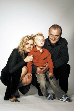 Artur Šípek s rodiči Bořkem a Leonou.