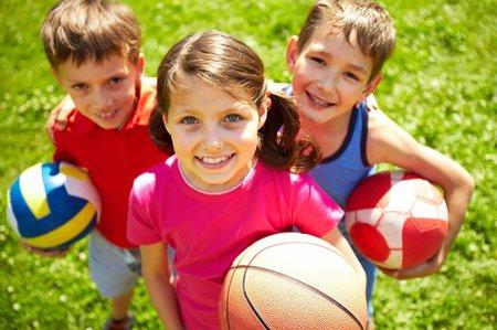 Nejen ping-pong, ale i další míčové hry děti prostě milují