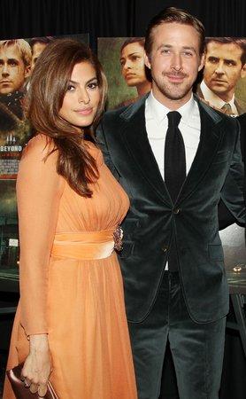 Při natáčení se seznámili i Eva Mendes a Ryan Gosling.