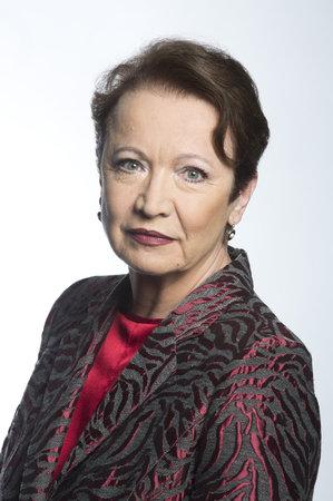 Bude Miriam Hejlová vůbec schopna navázat blízký vztah s někým, kdo takto zasáhl do života jejích blízkých?