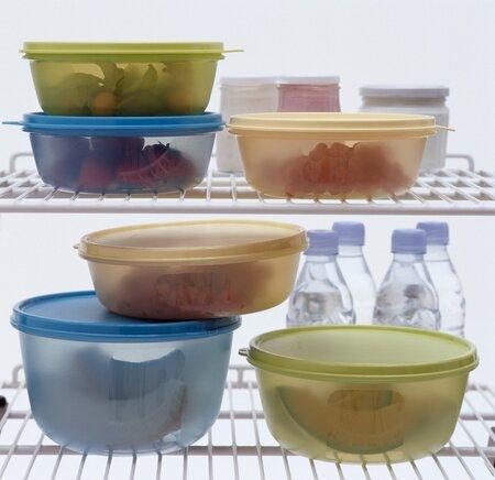 plastové krabičky na jídlo