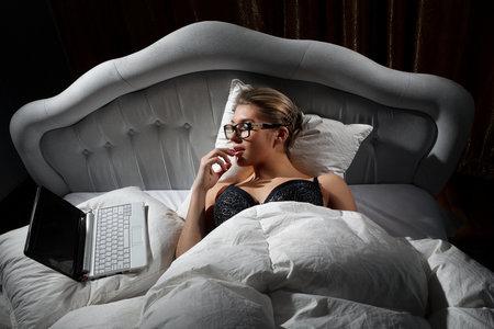 Ženy mohou orgasmu dosáhnout pouhými představami a svalovými stahy vagíny.