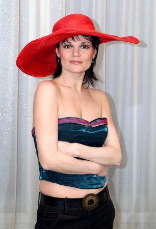Simona patří mezi nejvíc sexy herečky. Přibývající roky na ní nejsou znát.