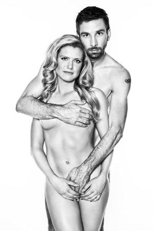 Petr Koukal a Gabriela Soukalová svou nahotou upozorňují na nebezpečí rakoviny