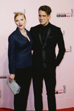 Scarlett Johansson s manželem Romainem Dauriacem.
