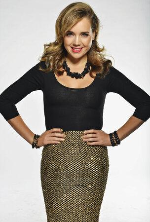 Krásná zpěvačka Lucie Vondráčková.