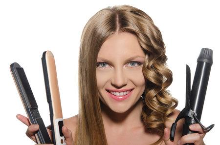 Při žehlení a kulmování vlasů se musí dodržovat pravidla!