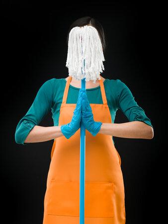 Posilovat svaly můžete i během domácích prací