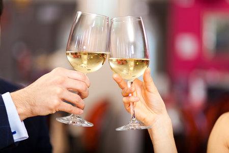 Žaneta se Zdeňkem spolu začali chodit  na skleničku.