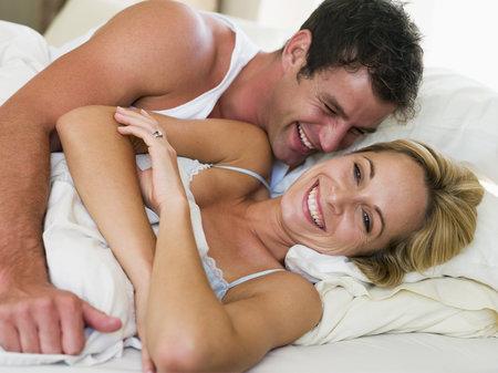 Myslíte, že po čtyřicítce končí milostný život? Nesmysl! Naopak, užijte si třeba lepší orgasmus.