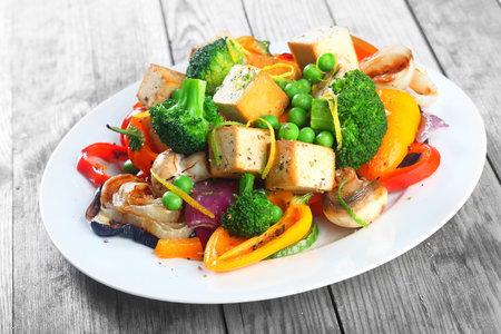 Grilované tofu se zeleninou