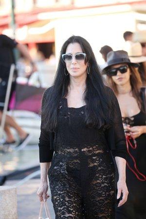Cher na dovolené v Saint-Tropez