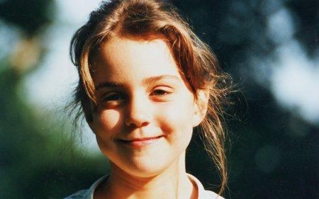 Malá Kate, které přezdívali Pískle.