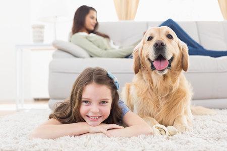 Pořídít si psa znamená obrovskou zodpovědnost. Zvažte proto, zda jste na ni připraveni a skutečně takový závazek jako rodina zvládnete.