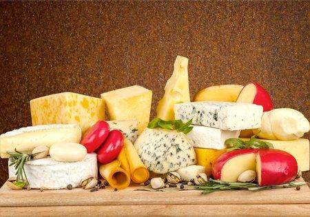 Sýry vybírejte hlavně podle obsahu tuku v sušině a obsahu soli.