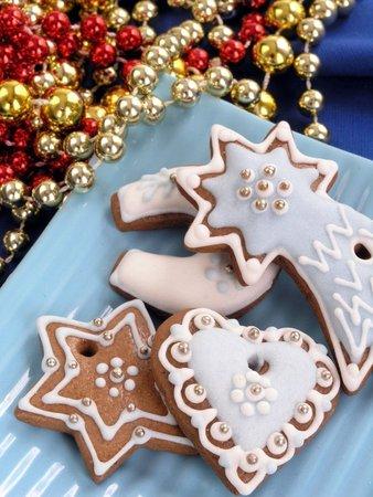 Zdobené voňavé perníčky patří neodmyslitelně k vánočnímu období.
