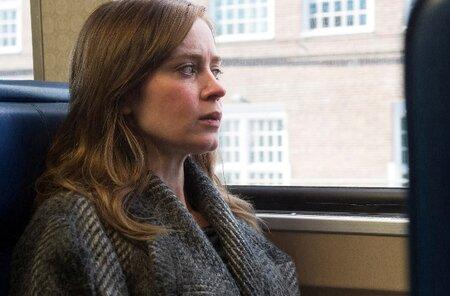 Emily Blunt v hlavní roli hollywoodské adaptace románu Dívka ve vlaku