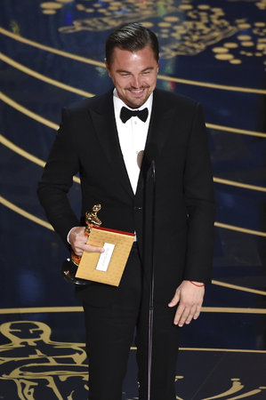 Leonardo DiCaprio získal svého prvního Oscara!